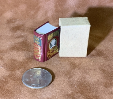 Mark Twain, Selected Stories  - Micro Miniature